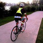 Firefly Buddy Excellent Gilet réfléchissant pour la course, vélo, marche, vélo, avec bandes Bras libre. meilleure Sécurité Gear pour homme et femme activités de plein air de la marque image 5 produit