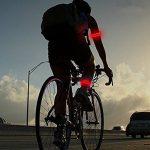 Uchic 4pcs éclairage LED Arm Band Brassards jambe Bandes de sécurité avertissement de sécurité de lumière de nuit pour cyclisme Gym Jogging Skating de fête à la prise de vue Couleur au hasard de la marque image 1 produit
