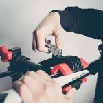 Ultrasport Support de montage pour vélos Expert, support robuste pour vélos, convient également pour les VTT – Stand de réparation pour les vélos ne dépassant pas 30 kg, avec des fonctions utiles pour la réparation des vélos de la marque image 6 produit