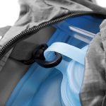 Unigear Sac à Dos d'Hydration avec une Poche à eau de 2L pour Cyclisme, Randonnée, Running et des Sport de Plein Air de la marque image 6 produit
