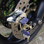 """""""Unpickable"""" antivol à 2 clés pour moto Scooter cyclomoteur Verrou de frein à disque de la marque image 1 produit"""